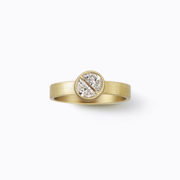 Assemble Ring 01, yellow gold, matte finish