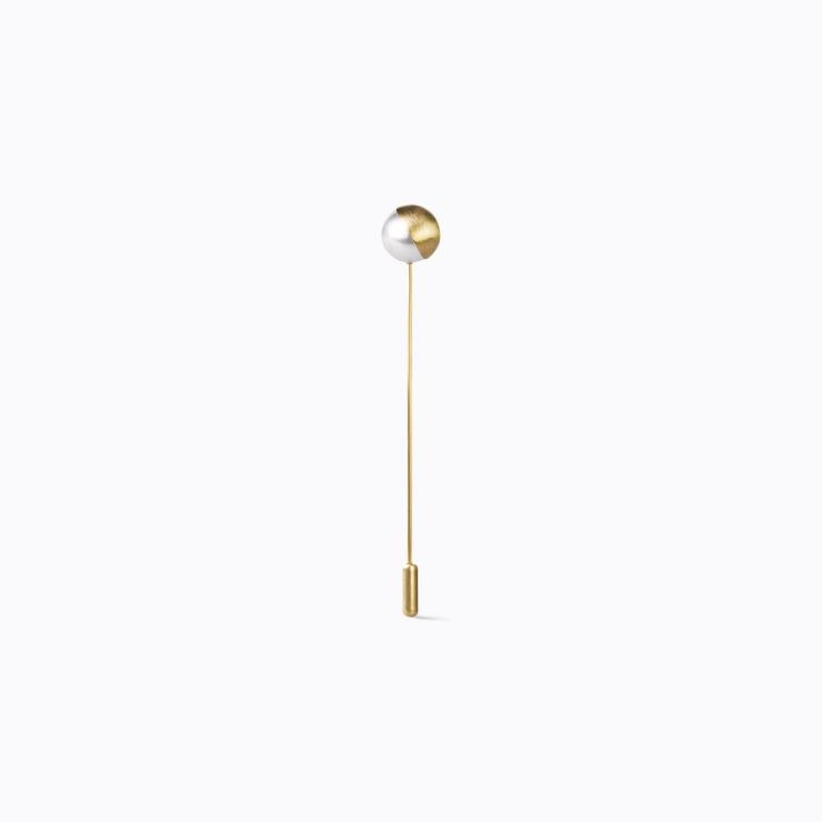 Half Pearl Pin 45°, yellow gold