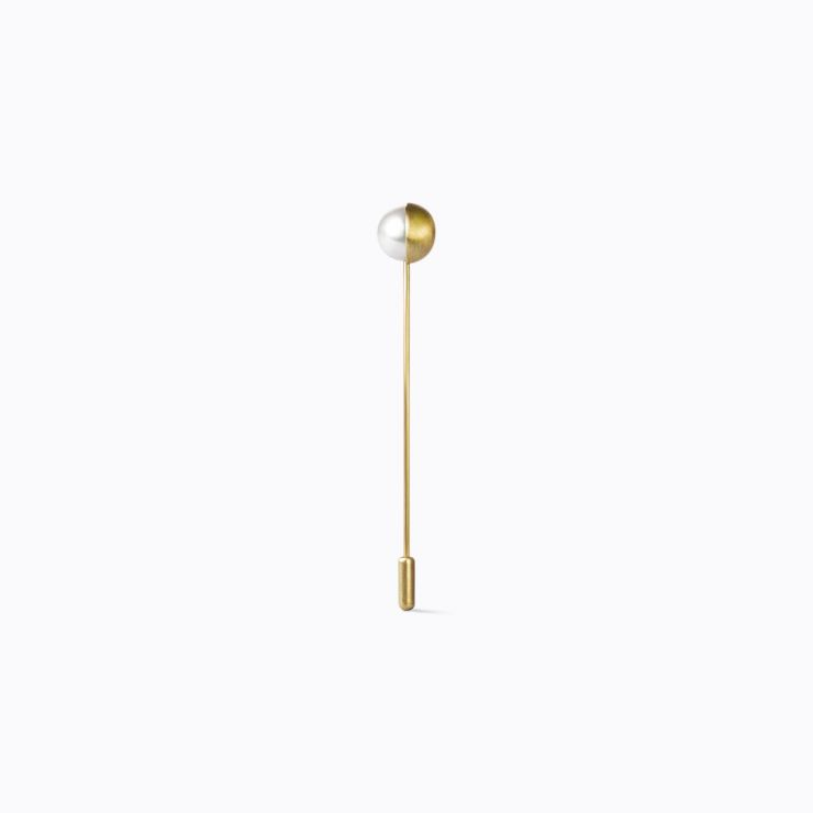 Half Pearl Pin 180°, yellow gold