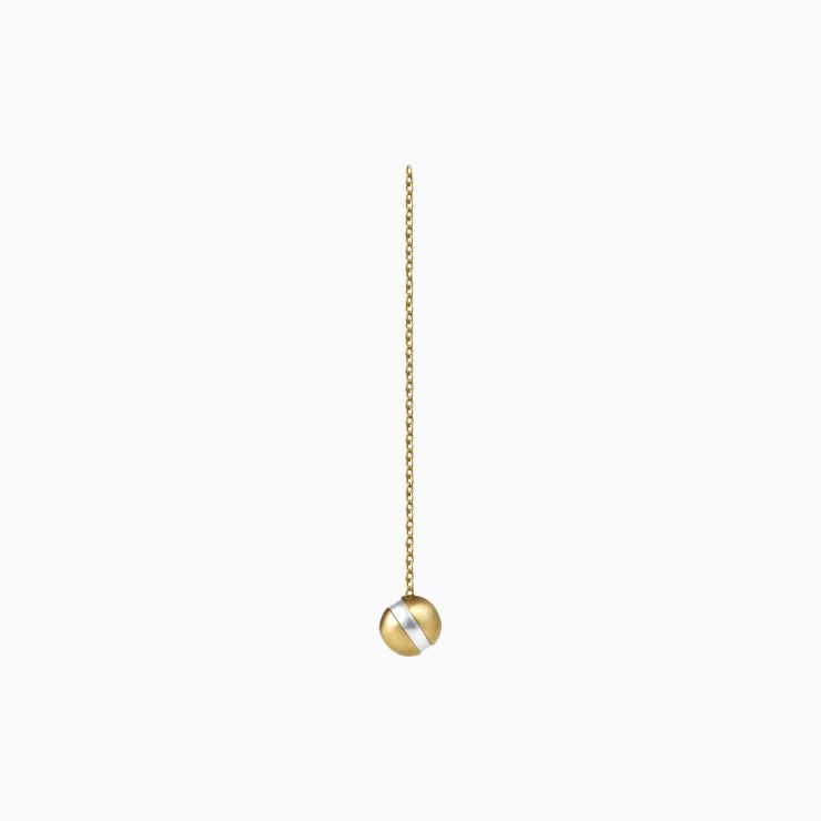 Center Pearl Chain Earring 45°, yellow gold