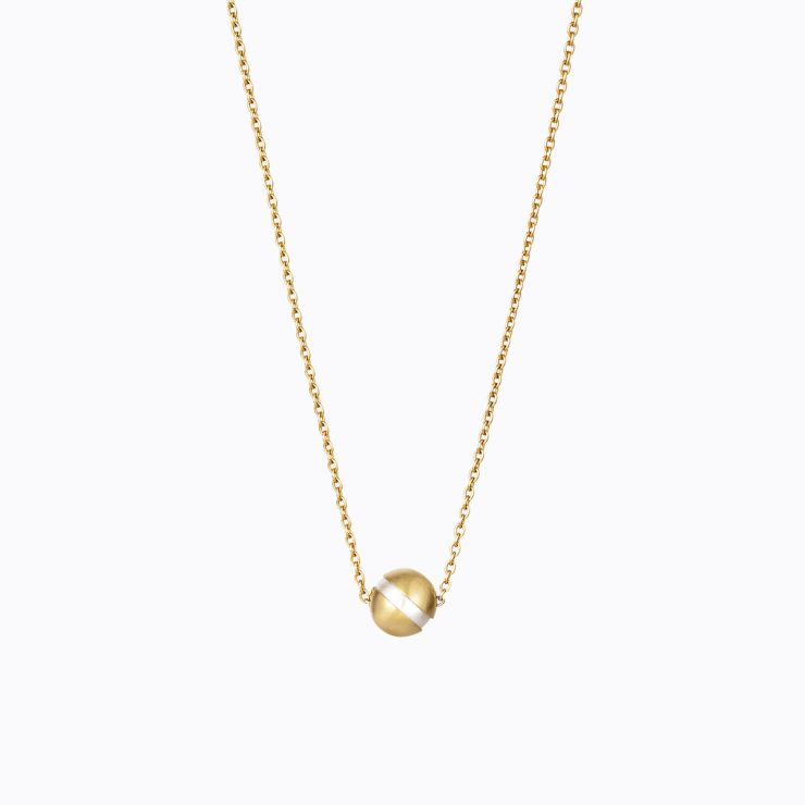 Center Pearl Necklace 45°, yellow gold