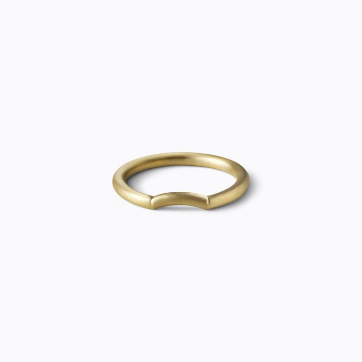Side Arc Ring 2.3, yellow gold, matte finish