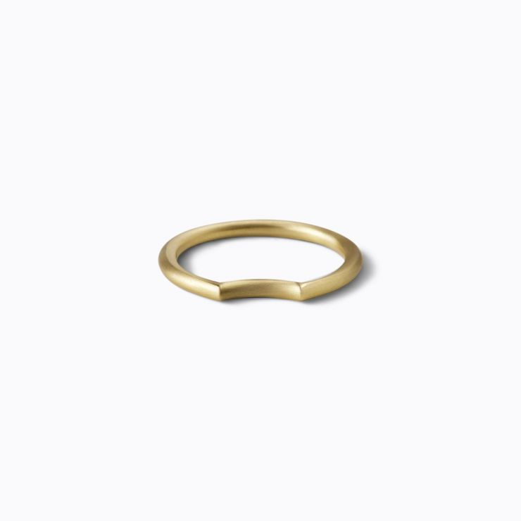 Under Arc Ring 2.3, yellow gold, matte finish