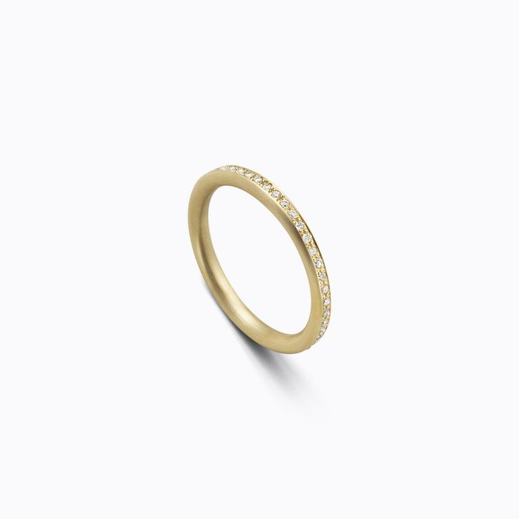 Full Eternity Ring 02 Outside, yellow gold, matte finish