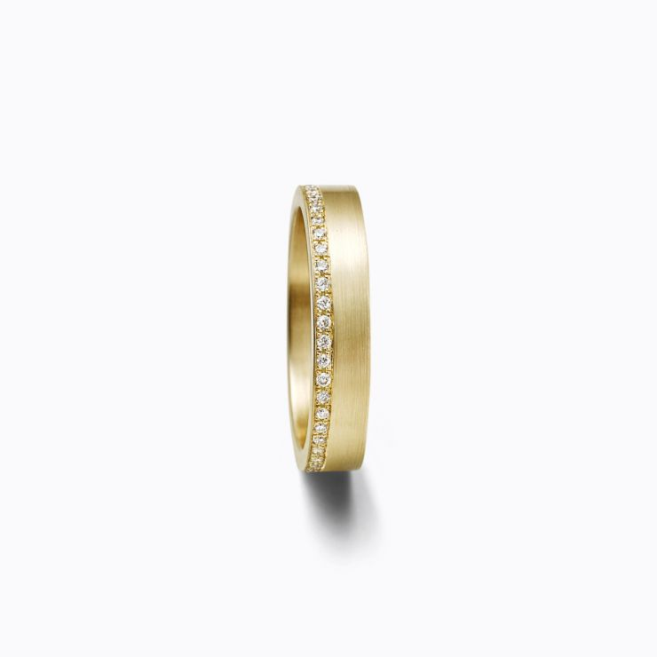 Trine Ring 01, yellow gold, matte finish