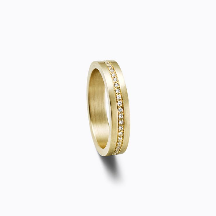 Trine Ring 02, yellow gold, matte finish
