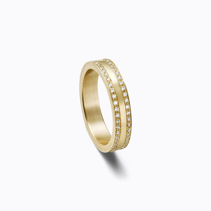 Trine Ring 03, yellow gold, matte finish