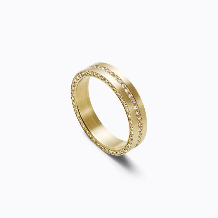 Trine Ring 05, yellow gold, matte finish