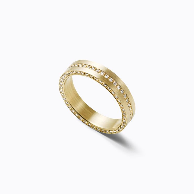 Trine Ring 06, yellow gold, matte finish
