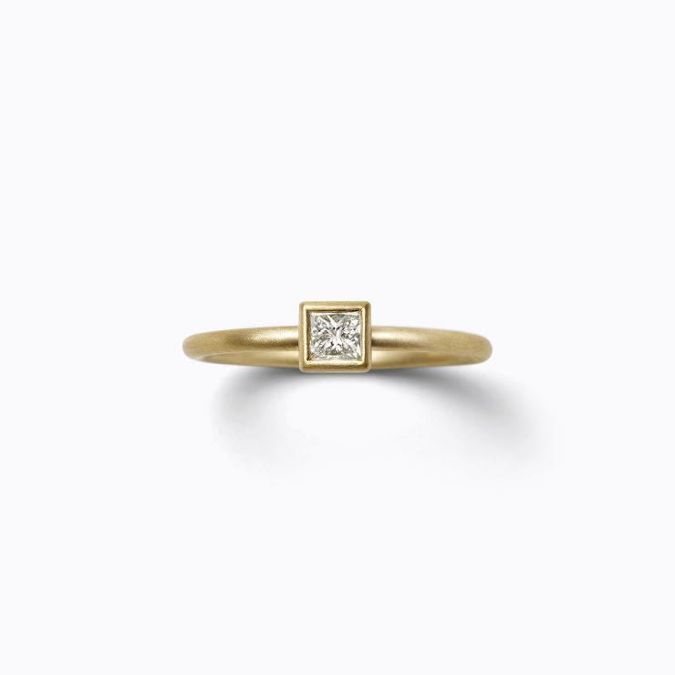 Classic Ring 03 (VS), yellow gold