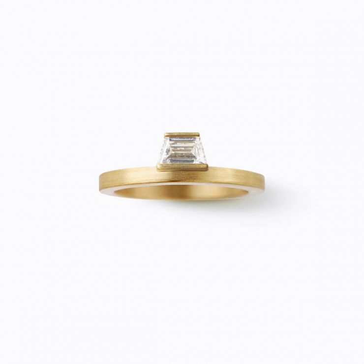 Trapezoid Ring